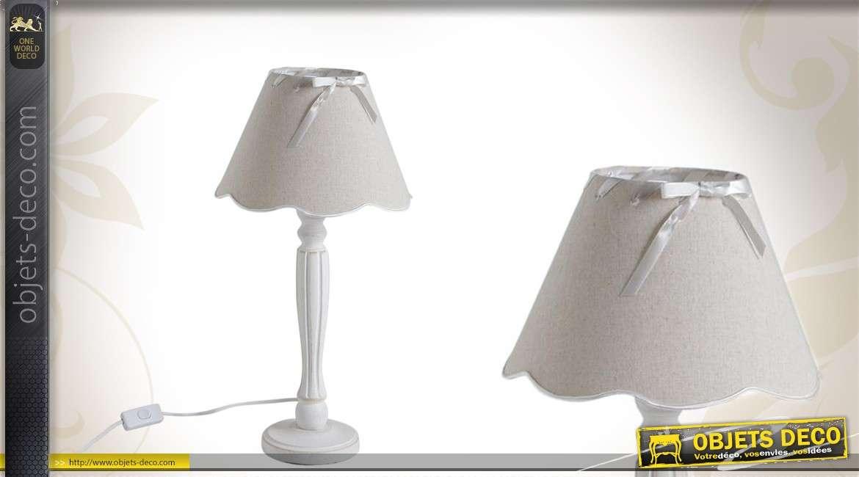 Lampe de table en bois avec abat-jour crème