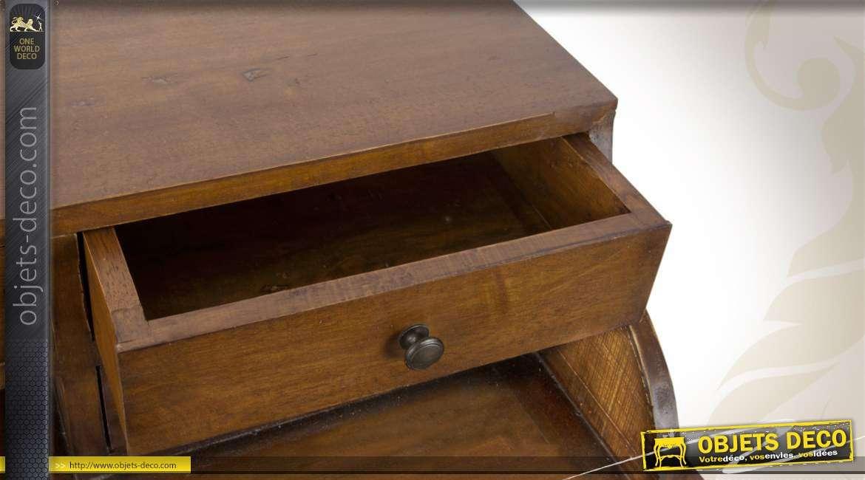 bureau en bois de style classique. Black Bedroom Furniture Sets. Home Design Ideas