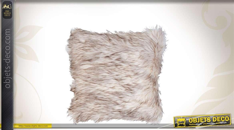 Housse de coussin en fourrure 50 x 50 cm for Housse de chaise largeur 50 cm