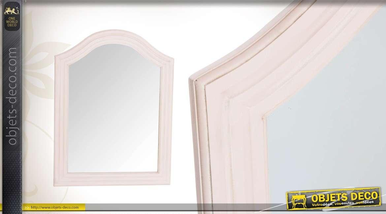 Miroir romantique bois sculpt patine blanche vieillie for Miroir romantique
