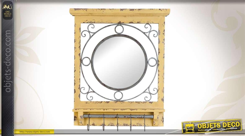 Miroir rond brocante 71 cm en bois ornementations dor es for Deco avec miroir mural