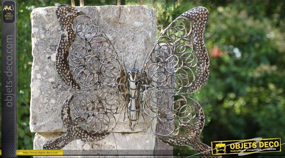 Papillon décoratif mural en métal