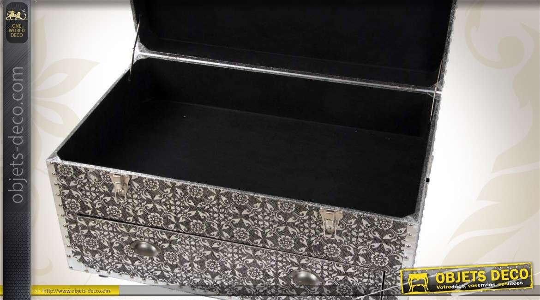 coffre commode noir et argent style marocain en bois et m tal. Black Bedroom Furniture Sets. Home Design Ideas