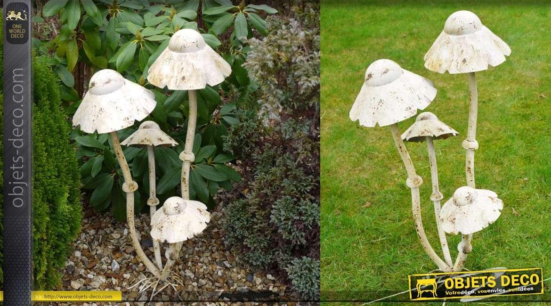 Grands champignons blancs décoratifs en métal 75 cm