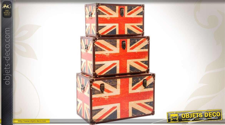trois coffres r tro d clin s sur le th me du drapeau union jack. Black Bedroom Furniture Sets. Home Design Ideas
