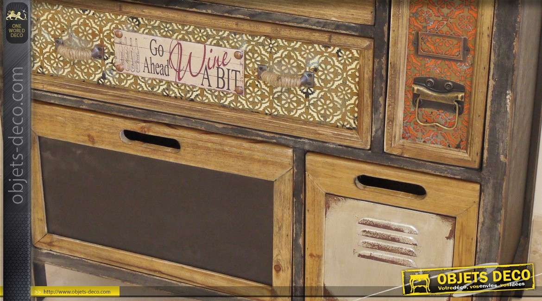 Commode à 8 tiroirs de style rétro et éclectique
