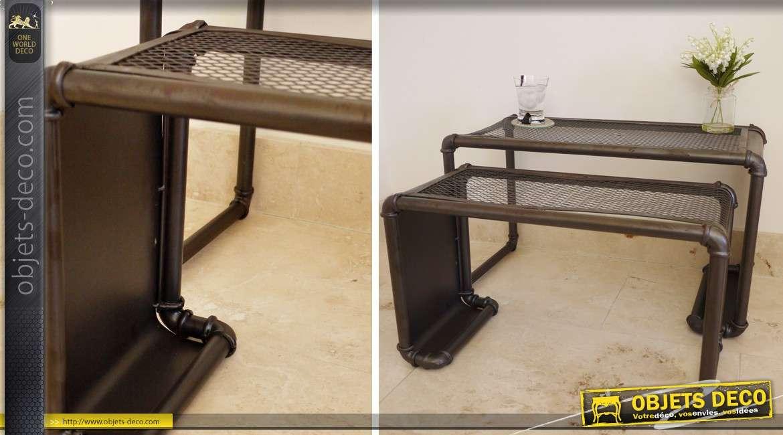 S rie de deux tables basses de style industriel for Objet deco pour table basse