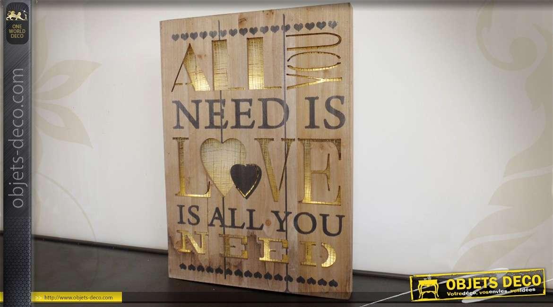 Tableau en bois avec éclairage LED : All you need is love 55 cm