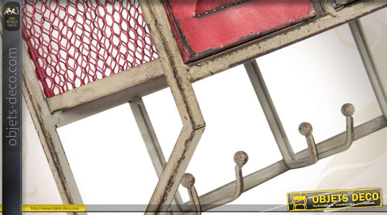 Etag Re Murale Style Industriel M Tal Avec Tiroirs Et Crochets