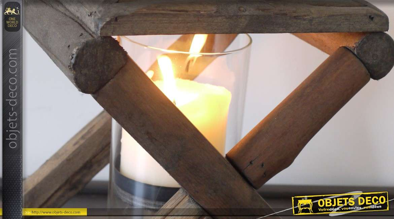 Lanterne en bois de style rustique à grands croisillons