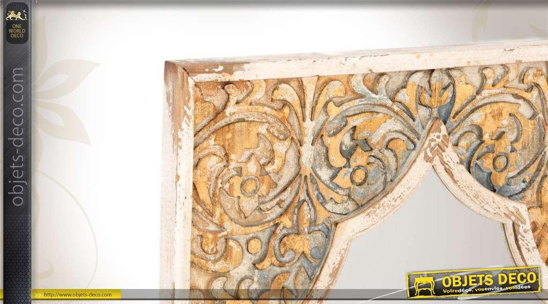 miroir mural brocante en bois coloris vieillis blanc et dor. Black Bedroom Furniture Sets. Home Design Ideas