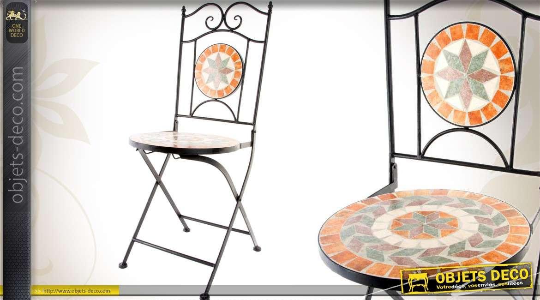 Chaise de jardin en fer forg et mosa que - Chaise en fer forge pour jardin ...