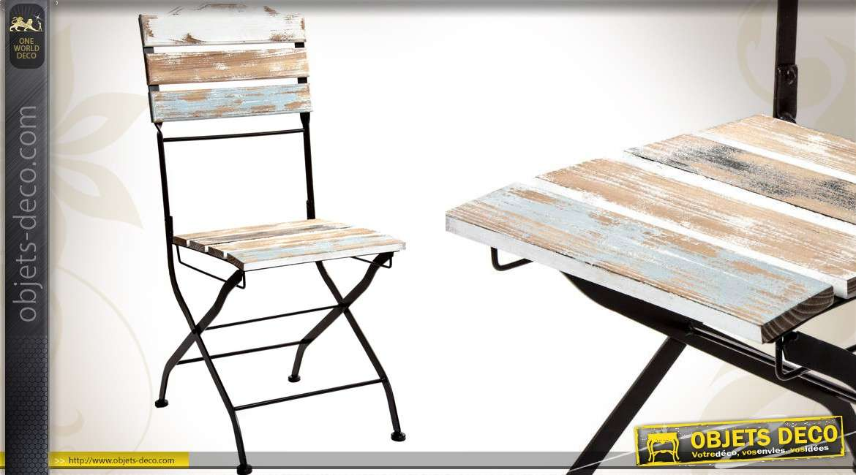Chaise de jardin en bois et métal aspect vieilli