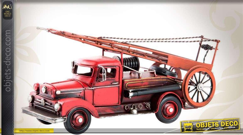 reproduction d corative d 39 un ancien camion de pompiers 31 cm. Black Bedroom Furniture Sets. Home Design Ideas