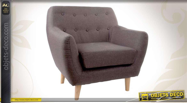 fauteuil en bois et habillage tissu coloris gris. Black Bedroom Furniture Sets. Home Design Ideas