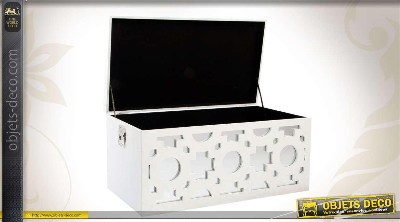 trio de coffres de rangement en bois et en verre finition. Black Bedroom Furniture Sets. Home Design Ideas