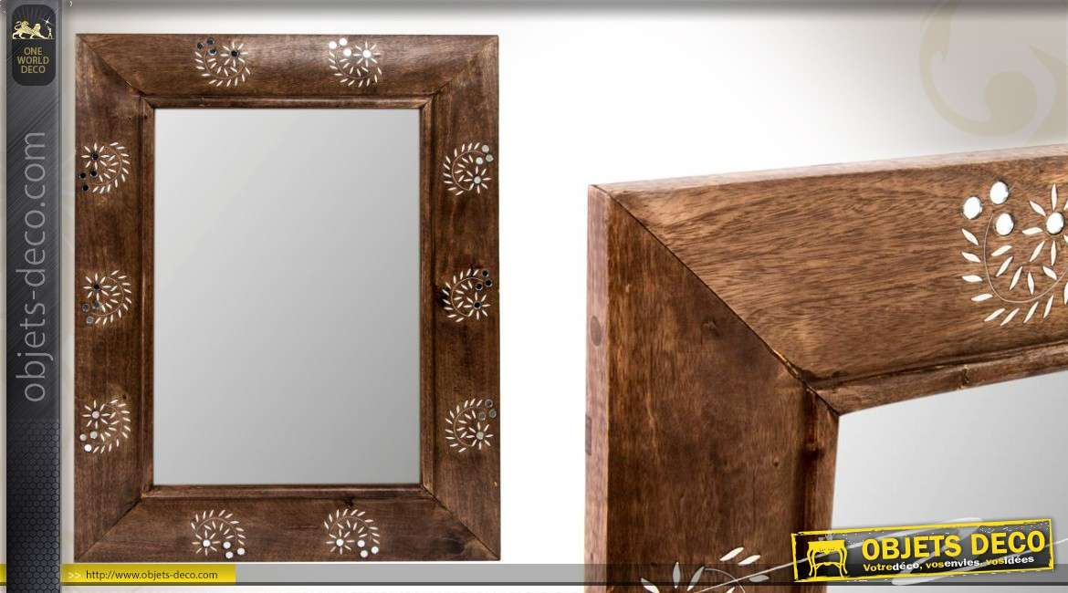 miroir mural d coratif en bois avec motifs floraux. Black Bedroom Furniture Sets. Home Design Ideas