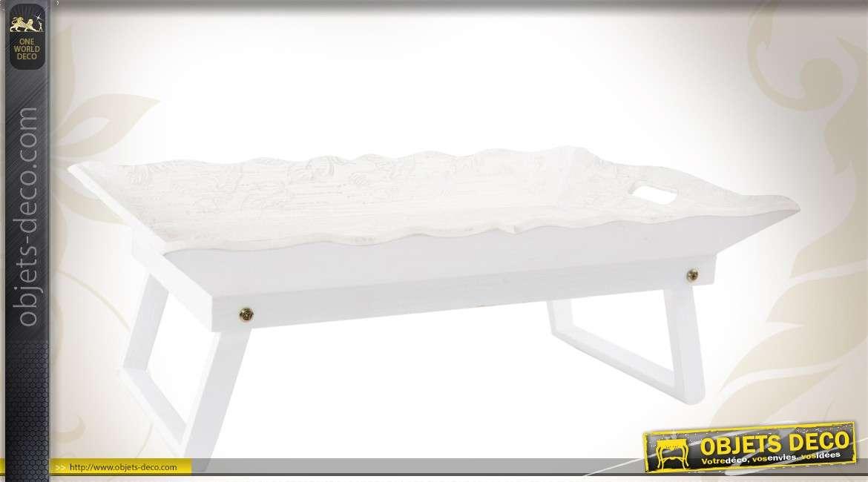 plateau de service blanc patin en bois avec pieds. Black Bedroom Furniture Sets. Home Design Ideas