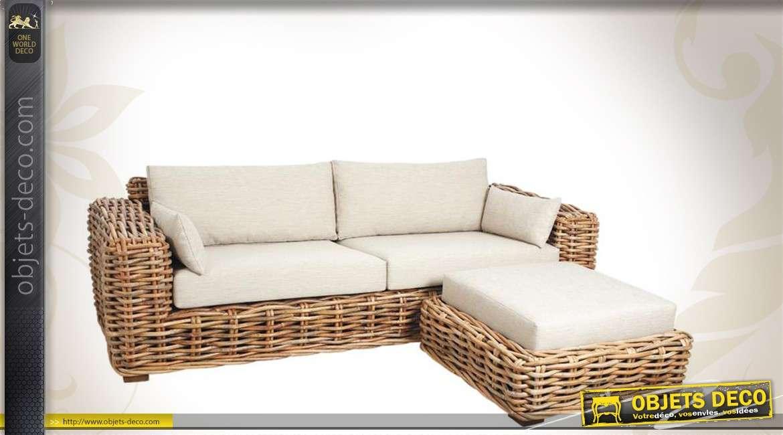 Canapé en rotin clair 2 places avec pouf et coussins