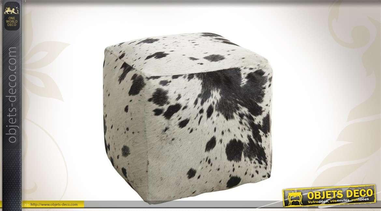 Pouf carré en peau de vache coloris blanc et noir