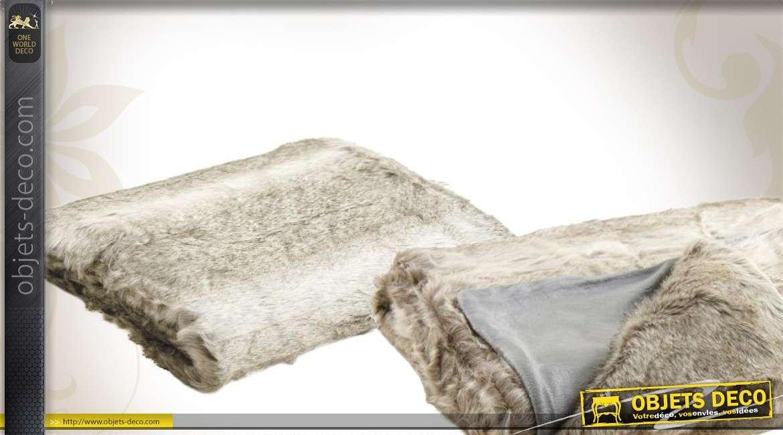 Plaid imitation fourrure de couleur grise 130 x 170 cm