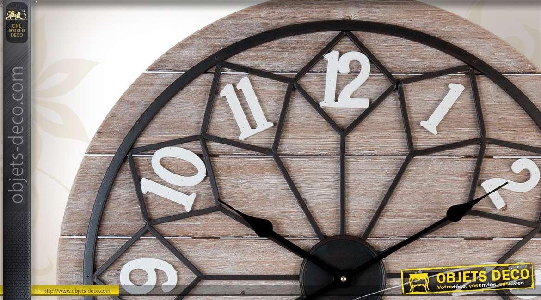 Grande horloge murale en bois et en métal de forme ronde