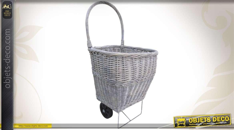 Chariot à bûches de style shabby en osier gris