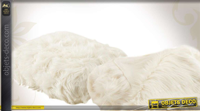 Plaid imitation fourrure de couleur blanche 130 x 170 cm