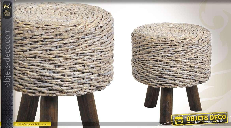 tabouret en bois et fausse fourrure coloris brun. Black Bedroom Furniture Sets. Home Design Ideas