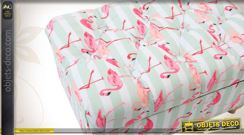 repose pieds coffre en bois et en tissu capitonn motifs flamants roses. Black Bedroom Furniture Sets. Home Design Ideas