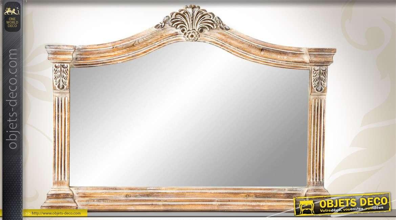Elégant miroir mural en bois vieilli finition blanchie