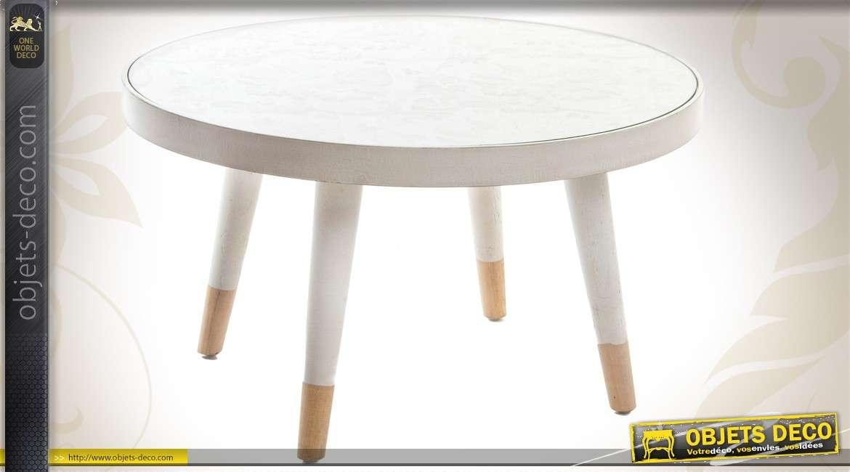 table basse ronde en bois coloris blanc de style scandinave. Black Bedroom Furniture Sets. Home Design Ideas