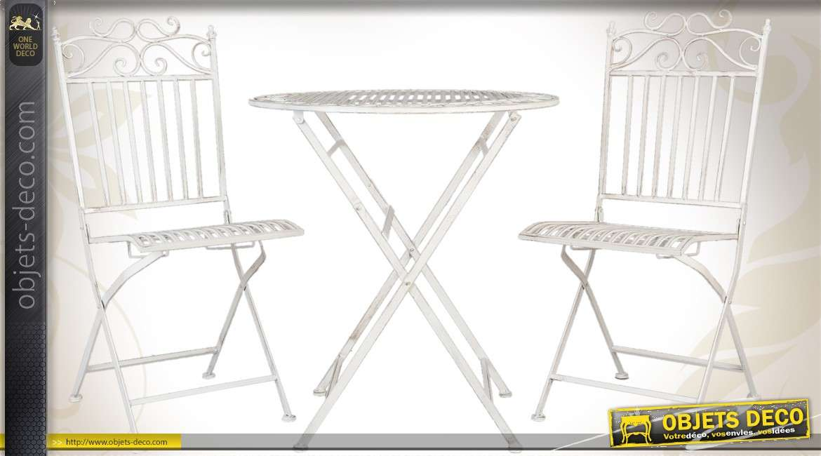 Stunning salon de jardin avec table ronde pictures for Table ronde 4 chaises
