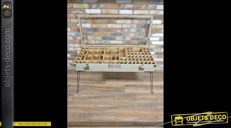 Table basse vitrine ancienne en bois et métal style rétro et indus