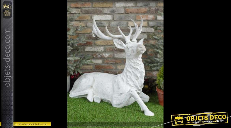 Grande sculpture de cerf blanc pour décoration de Noël 95 cm