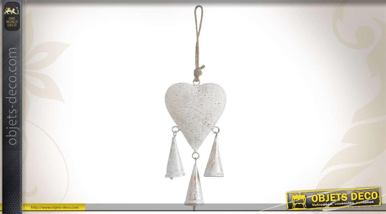 Set de 5 coeurs à suspendre en métal blanc effet vieilli
