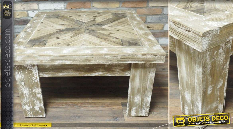 table basse en bois vieilli de style rustique. Black Bedroom Furniture Sets. Home Design Ideas