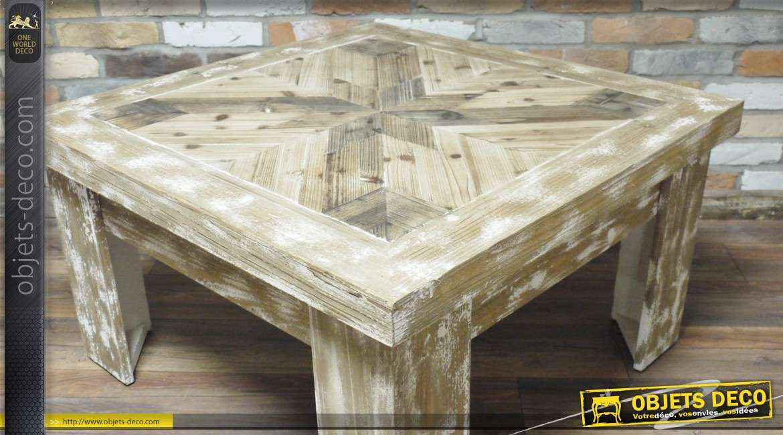 Table basse en bois vieilli de style rustique