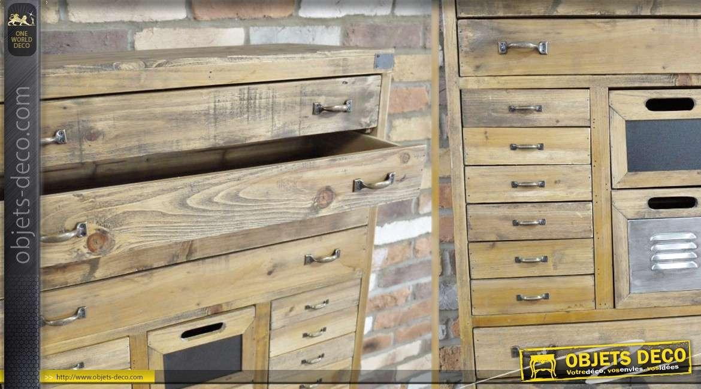 meuble industriel et r tro en bois vieilli avec tiroirs. Black Bedroom Furniture Sets. Home Design Ideas