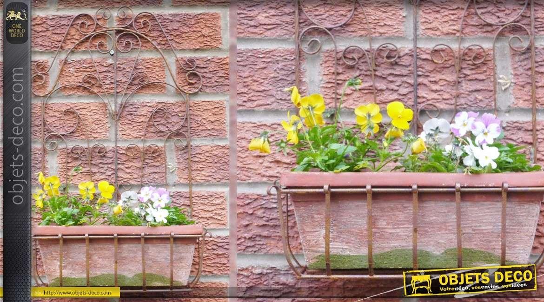 Jardinière murale avec support d'inspiration fer forgé