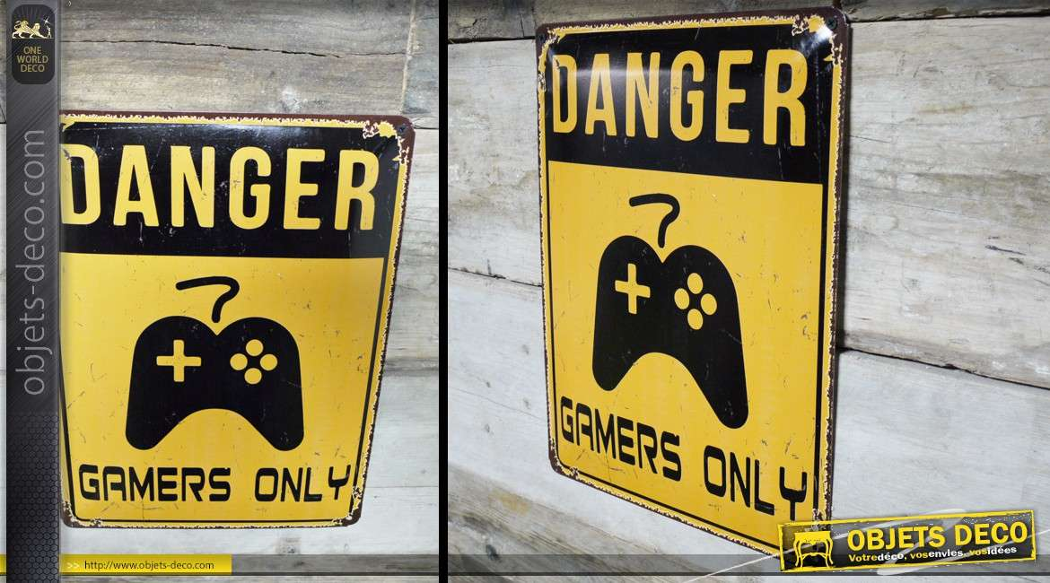 plaque d corative murale vintage danger gamers only 40 x 30 cm. Black Bedroom Furniture Sets. Home Design Ideas