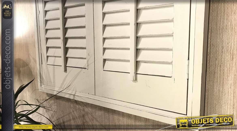 Reproduction d'une fenêtre en bois blanc effet vieilli de 136cm