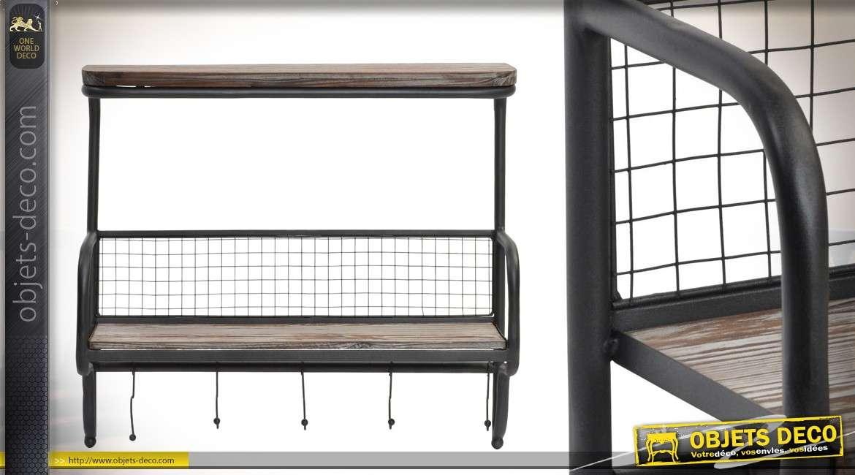 etag re murale en bois et m tal avec pat res finition vieillie. Black Bedroom Furniture Sets. Home Design Ideas