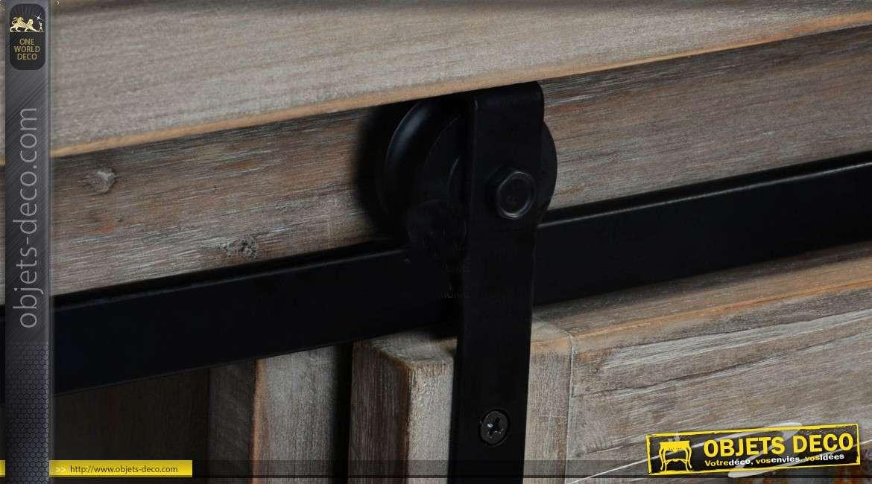 commode buffet en bois et m tal de style rustique et indus. Black Bedroom Furniture Sets. Home Design Ideas