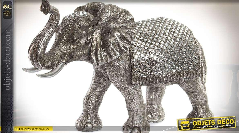 Grande statuette d'éléphant gris argenté avec mosaïques en petits miroirs 67 cm