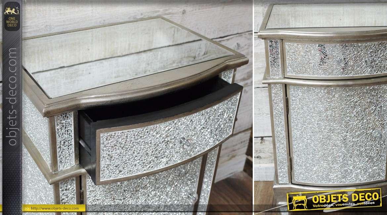 Table de chevet argentée avec habillage effet miroir craquelé 1 porte 1 tiroir