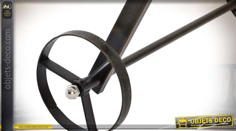 Chariot vertical jardinière en métal de style rétro avec 3 bacs à fleurs 96 cm