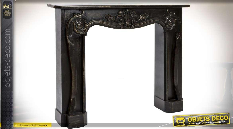 manteau de chemin e en bois de sapin vieilli patine noire. Black Bedroom Furniture Sets. Home Design Ideas