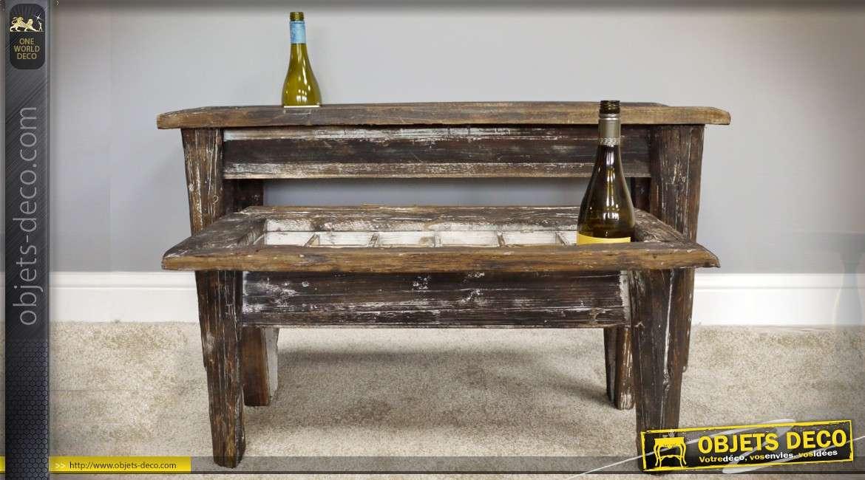 Série de 2 tables basses range-bouteilles en bois vieilli pour 30 bouteilles