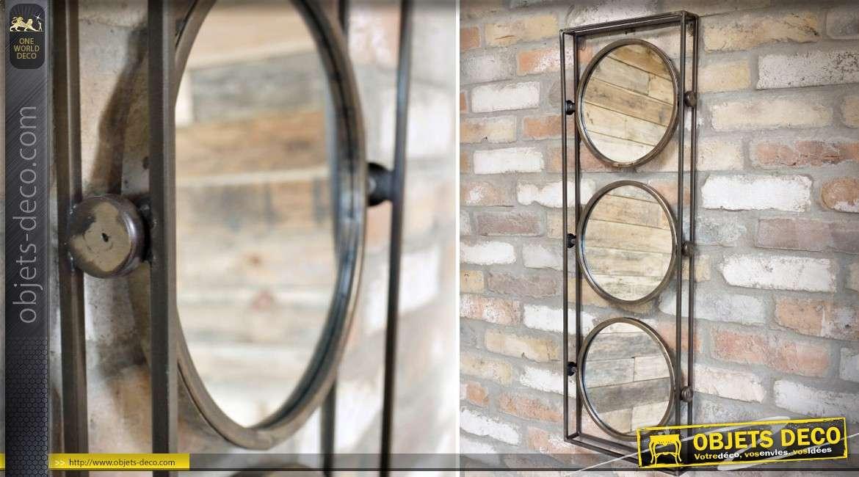 Miroir industriel en métal à trois glaces circulaires finition bronze antique 90 cm